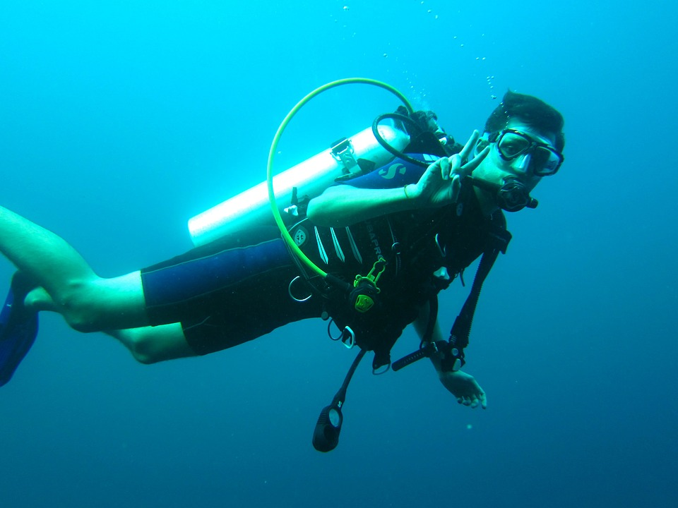 Getting Your Dive Certification on a Budget